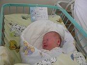 Nikolasek se narodil 13. října mamince Michaele Bohatcové z Karviné. Porodní váha chlapečka byla 3940 g a míra 52 cm.