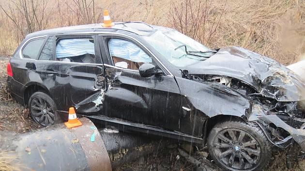 Nehoda BMW mezi Orlovou a Karvinou.