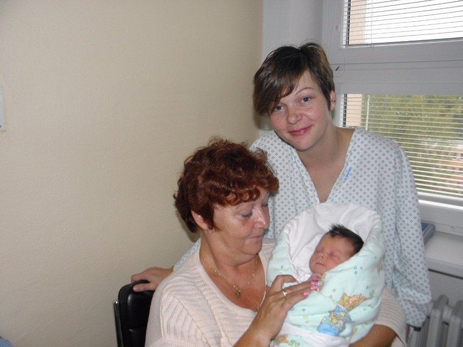Eliška Berglowiecová se narodila 4. října mamince Michaele Baronové z Českého Těšína. Porodní váha dítěte byla 3150 g a míra 49 cm.