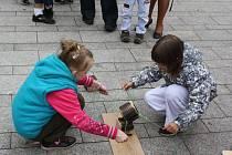 Hlavně dětem patřilo v pátek od 9 do 18 hodin náměstí ČSA v Českém Těšíně. Proběhl tam další ročník tradiční Bambiriády.