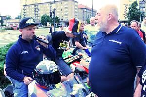 Tradiční představení závodníků Havířovského zlatého kahance v centru města.