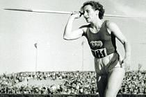 Atletka Dana Zátopková, roz. Ingrová. se narodila ve Fryštátě.