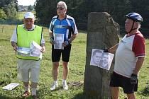V den výročí životické tragédie si lidé připomněli památku zastřelených občanů cyklistickou objížďkou všech pomníčků.
