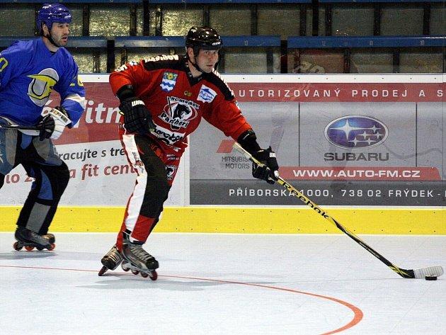 In line hokejisté zahájili sezonu.