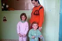 Lucie Greinerová a její dcery Natálie (vlevo) a Sabina.