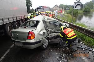 Tragická dopravní nehoda v Rychvaldu na Karvinsku.
