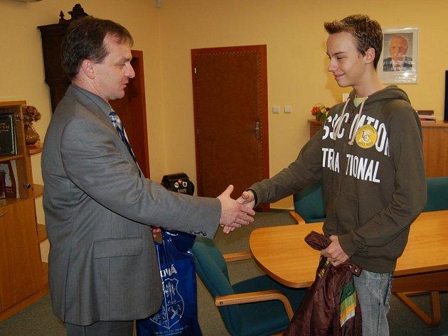 Václav Smoček při setkání s místostarostou Orlové Martinem Slivkou.