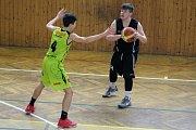 Basketbaloví mladíci Karviné nadále bojují o udržení.