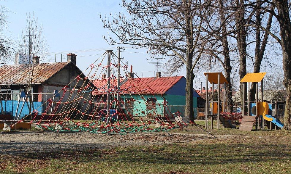 Horní Suchá. Stará hornická kolonie. dětské hřiště