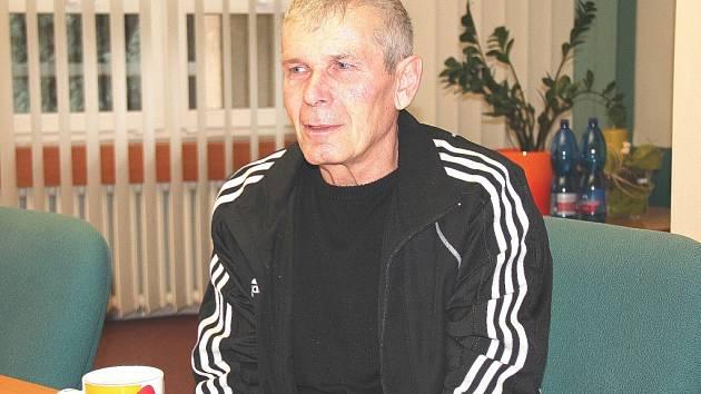 Dárce krve Josef Springer na setkání u orlovského starosty.