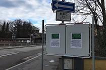Na česko-polské hranici v Českém Těšíně se objevily letáky, které odrazují před cestou na polskou stranu hranice.