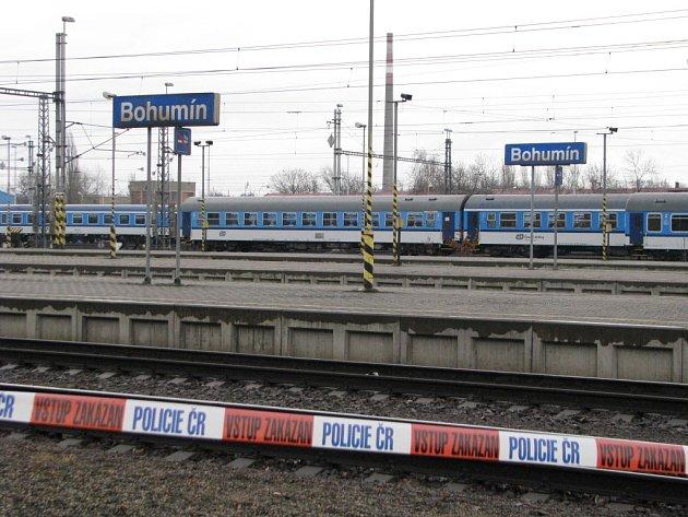 Rozsáhlý požár v Ústřední stavědle železniční stanice Bohumín