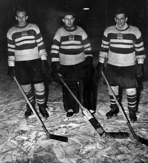 BRATŘI VINCOUROVÉ, Lubomír vlevo, Stanislav uprostřed, Ludvík vpravo.