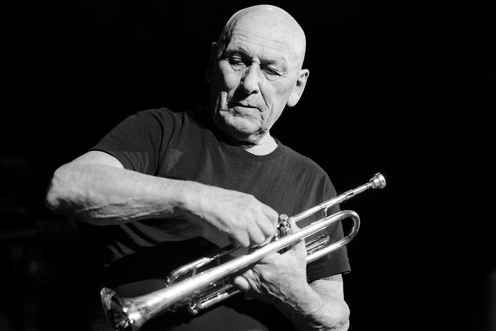 jazzový trumpetista Laco Déczi