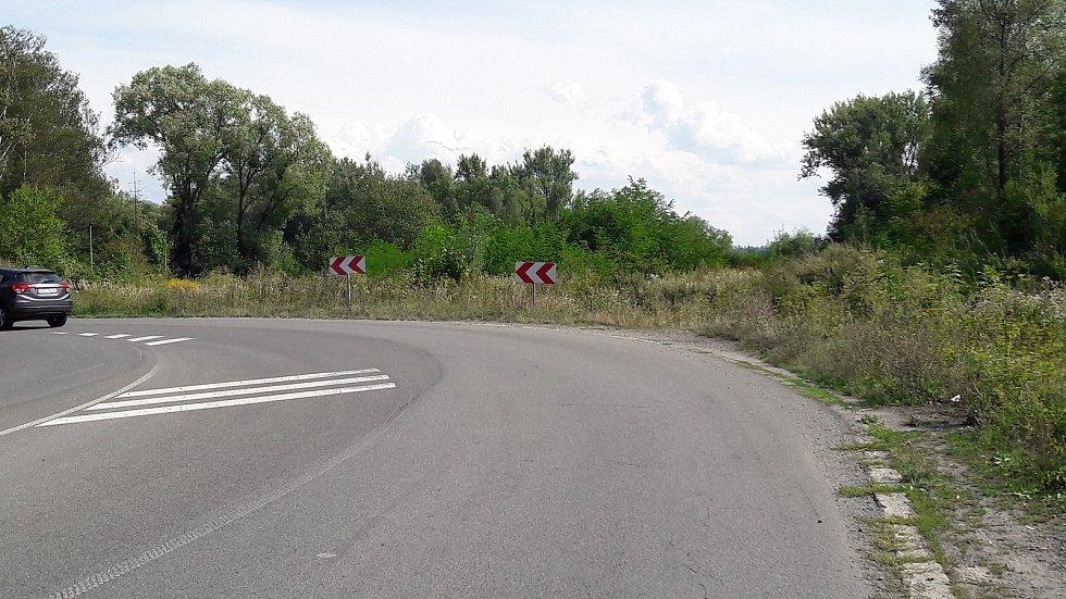 Na snímku Nádražní ulice, která narovnáním přejde v tříkilometrový obchvat města a ústit bude za Darkovským mostem.
