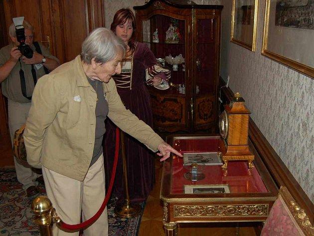 Dana Zátopková si prohlédla interiér zámku ve Fryštátě, kde se narodila.