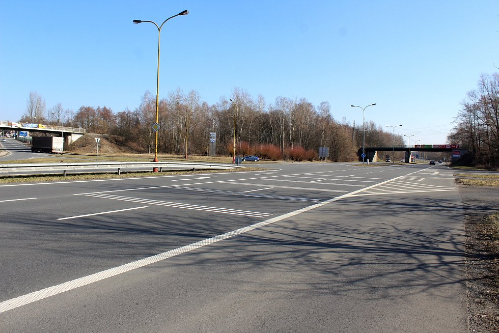 Křižovatka na Ostravské ulici v Havířově.