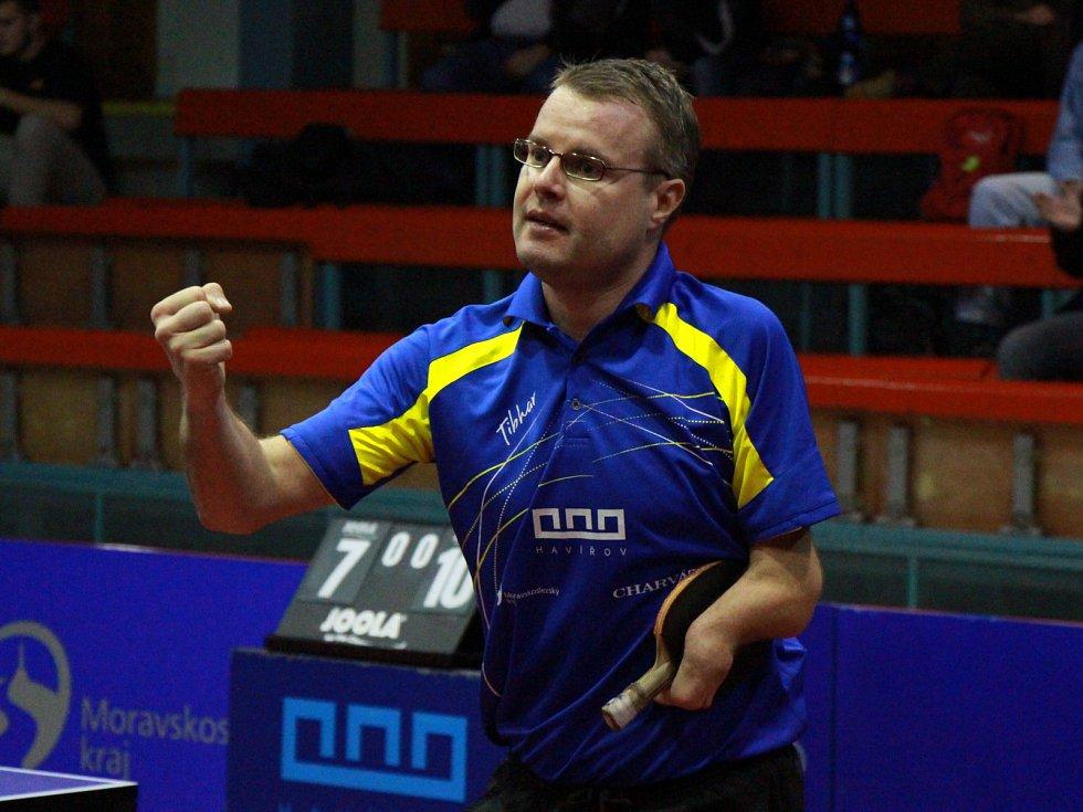 Ivan Karabec se stal hrdinou utkání proti ostravskému mistrovi. Udělal dva body, poprvé v kariéře porazil legendu Petra Korbela.