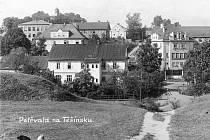 V Technickém muzeu v Petřvaldu je k vidění výstava starých fotografií a dobových pohlednic zachycujících Petřvald v minulém století.