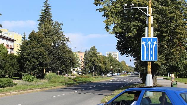Úsekový radar na Dlouhé třídě v Havířově.