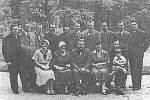 Slavnostní otevření sanatoria v Darkově v roce 1933. První zleva je Edmund Manda – správce. První zprava Alois Žurek – ředitel sanatoria.
