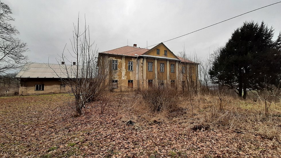 Doubrava. budova zámečku