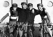 Družstvo mladších dorostenců v roce 1966. Zleva J. Balon, P. Mrázek, S. Matas a M. Koláček.