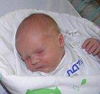 Terezka Macurová se narodila 19. září paní Martině Macurové z Rychvaldu. Po narození Terezka vážila 3430 g a měřila 50 cm.
