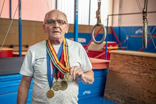 Smedailemi zevropských šampionátů a bronzem zmoskevské olympiády.