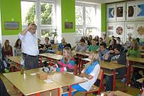 Beseda sexuologa Radima Uzla se žáky ZŠ Gorkého v Havířově.