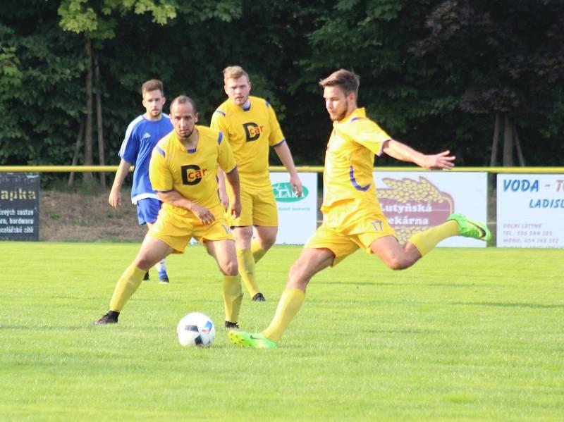 Dolní Lutyně (ve žlutém) - Jablunkov 0:3.