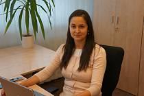 Markéta Klopcová, vedoucí programu Nová šichta OKD na snímku z doby, kdy nebyla povinnost nosit roušky