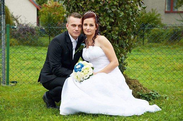 """Petra a Michal Sklařovi zHavířova si řekli své """"ano"""" 17.9.2016."""