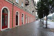 Řeznictví Vladimíra Kajpuše v centru Havířova v průběhu proměny.