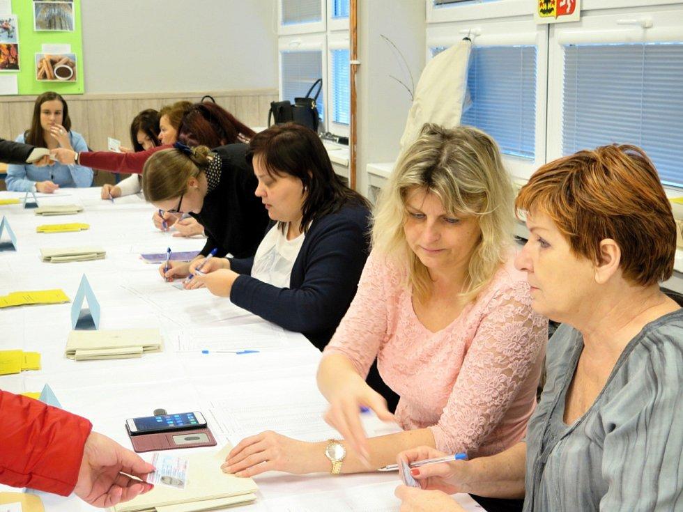 V Havířově byla v pátek u prezidentských voleb slušná účast.