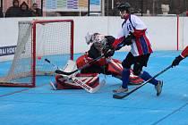 Hokejbalisté Karviné se sice herně zvedají, ale stále nebodují.