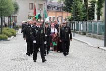 Kroužek krojovaných horníků Barbora spolu s dalšími krojovanými kolegy z Česka i z Polska oslavil 90 let svého trvání.
