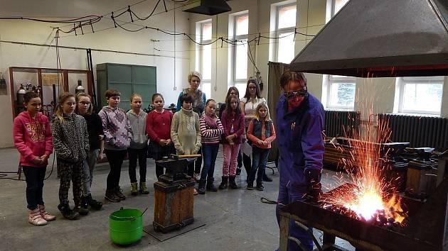 Školáci navštívili dílny a učebny střední školy v Havířově.
