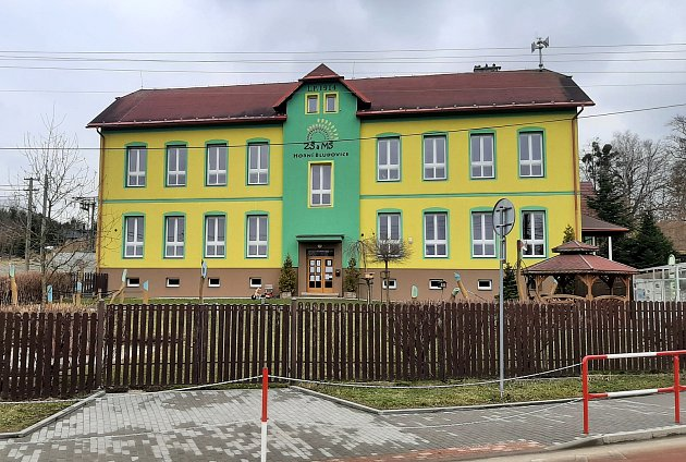 Horní Bludovice. Rozlehlá obec nedaleko Havířova je vhodným místem pro bydlení. Základní škola.