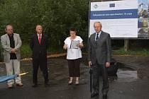 Slavnostní zahájení další etapy stavby kanalizace v okrajových částech Havířova, tentokrát v Životicích a Prostřední Suché.