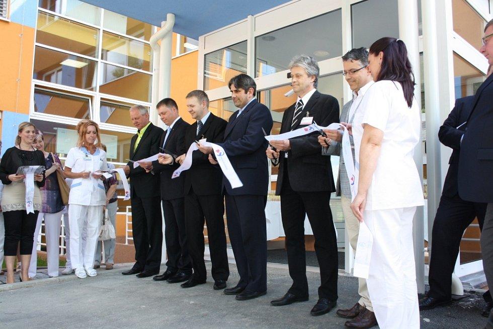 Infekční oddělení v havířovské nemocnici. Slavnostní otevření po rekonstrukci.