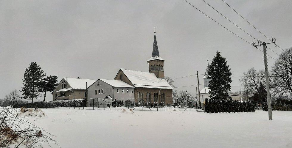 Evangelický kostel v Albrechticích.