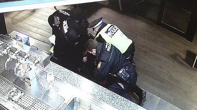 Útok vyšinutého expolicisty v Havířově
