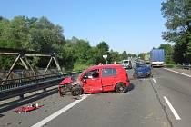Nehoda dvou osobních automobilů ve Stonavě.