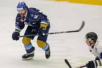 Jaromír Jágr se po roce vrátil na mistrovský led.