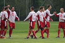 Fotbalisté Dolní Lutyně zvládli těžký zápas v Datyních. Oba celky čeká hned o víkendu další okresní derby.