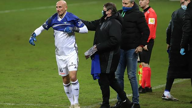 Marek Janečka vystřídal během kariéry všechny posty. Do branky se ale postavil poprvé.