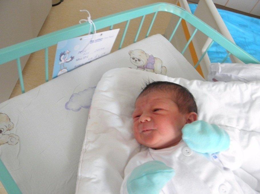 Alex Zielina se se narodil 4. října mamince Lucii Csiszárové z Orlové. Po narození chlapeček vážil 3050 g a měřil 50 cm.