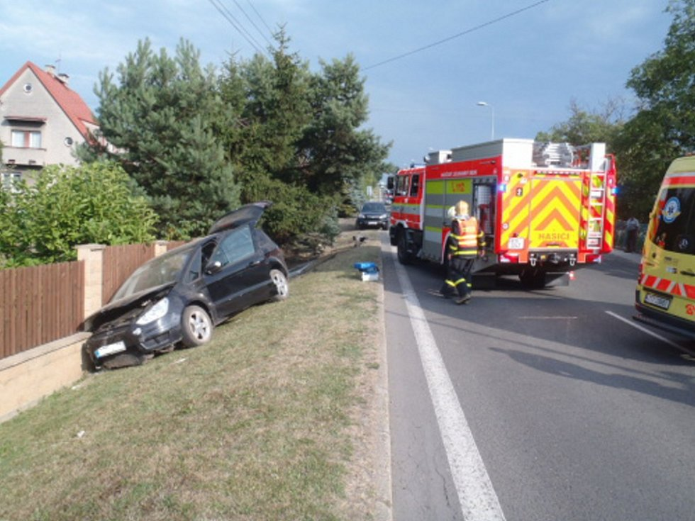 Zásah záchranářů u dopravní nehody v Havířově.
