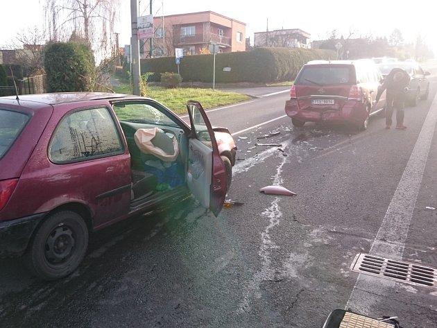 Nehoda na Těšínské ulici v Havířově.